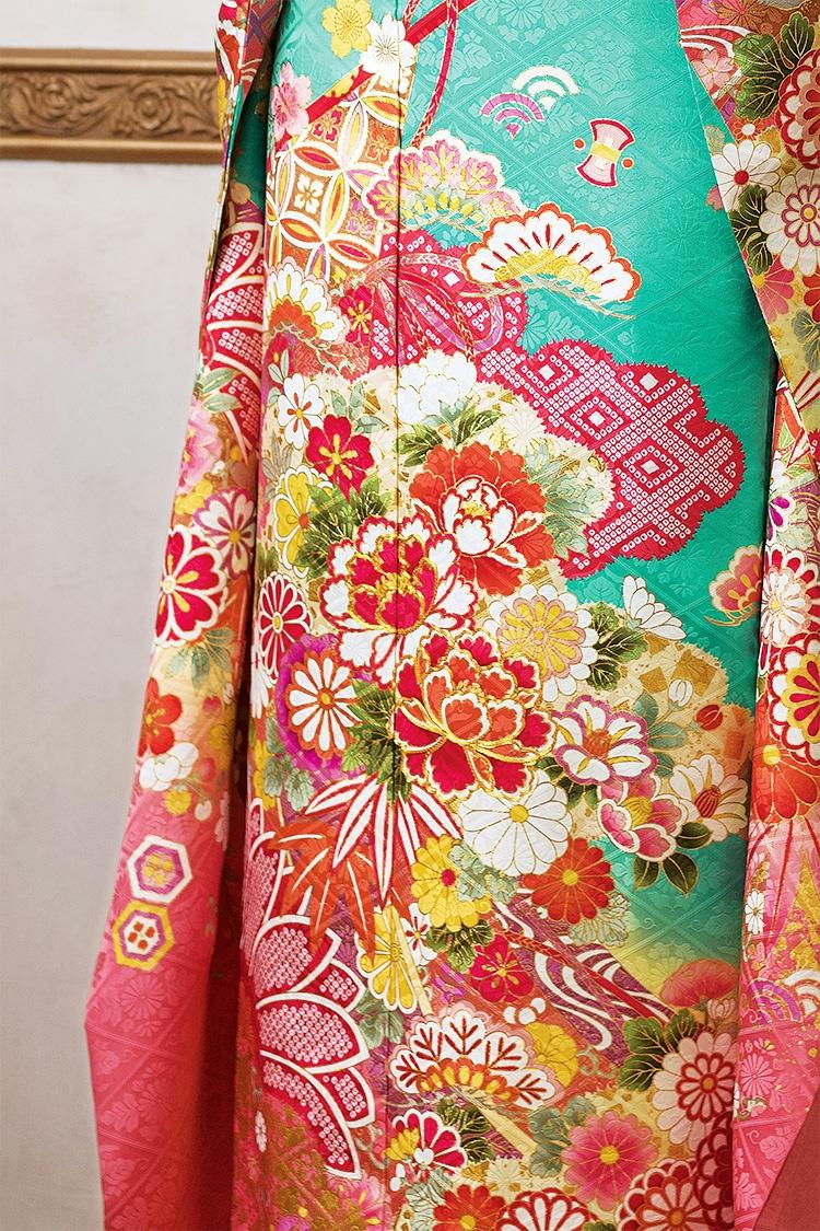 温かみのある優しい色合いが美しいデザインです。