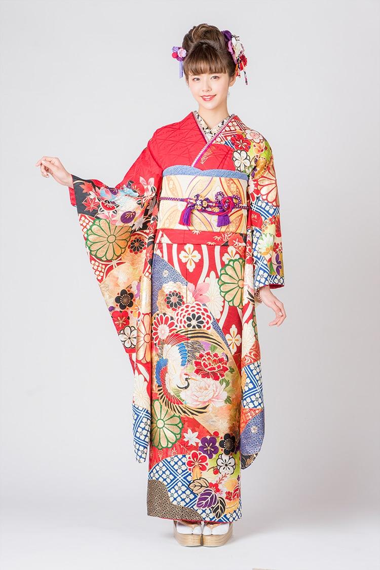 吉祥文様のひとつとされる鶴があしらわれている素敵なデザインです。