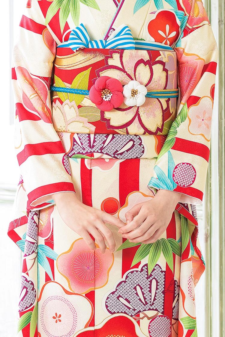 松竹梅が美しく、素敵にデザインされていますね。
