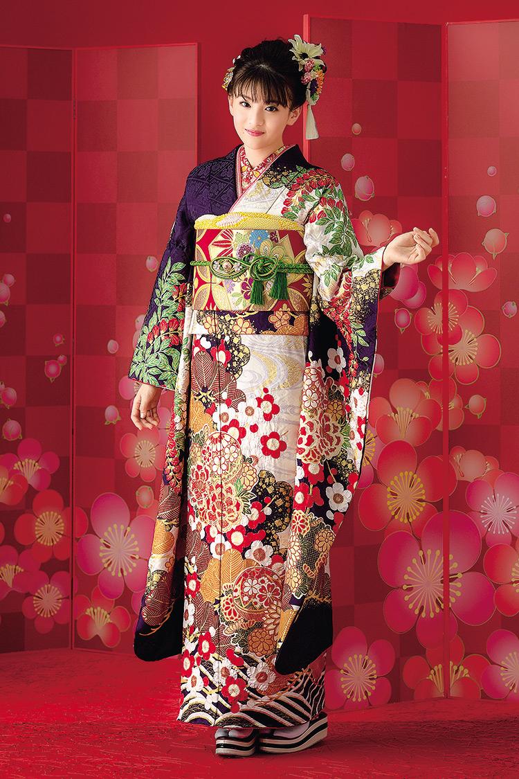 襟元から袖へ左右異なる色使いが素敵ですね。